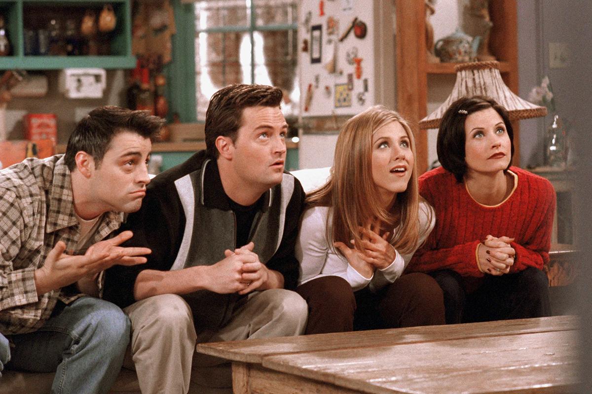 10 prípadov, keď si ľudia neuvedomili, že si vyšli na rande s budúcimi celebritami