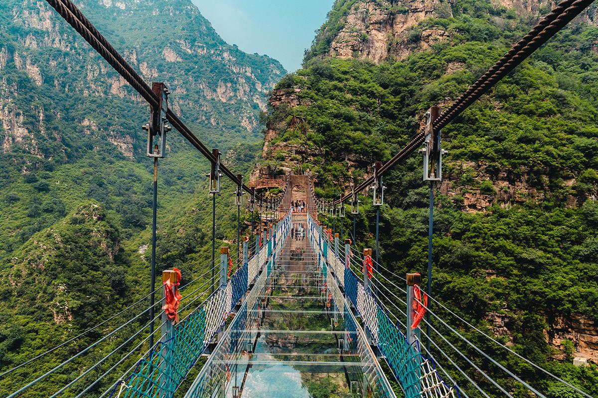 10 fascinujúcich peších mostov, na ktorých návštevu potrebuješ poriadne silný žalúdok