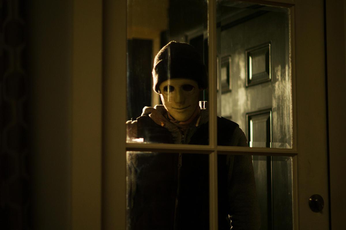 10 home invasion hororov z posledných rokov, ktorými sa dokonale naladíš na Muža v temnote 2