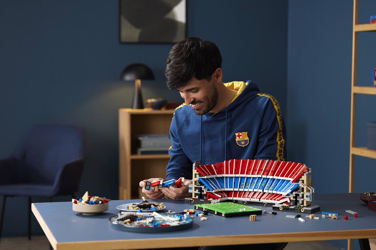 Chuťovka pre fanúšikov futbalu. Prichádza Lego stavebnica legendárneho štadióna Camp Nou